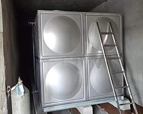 6-2-2不锈钢单层消防水箱
